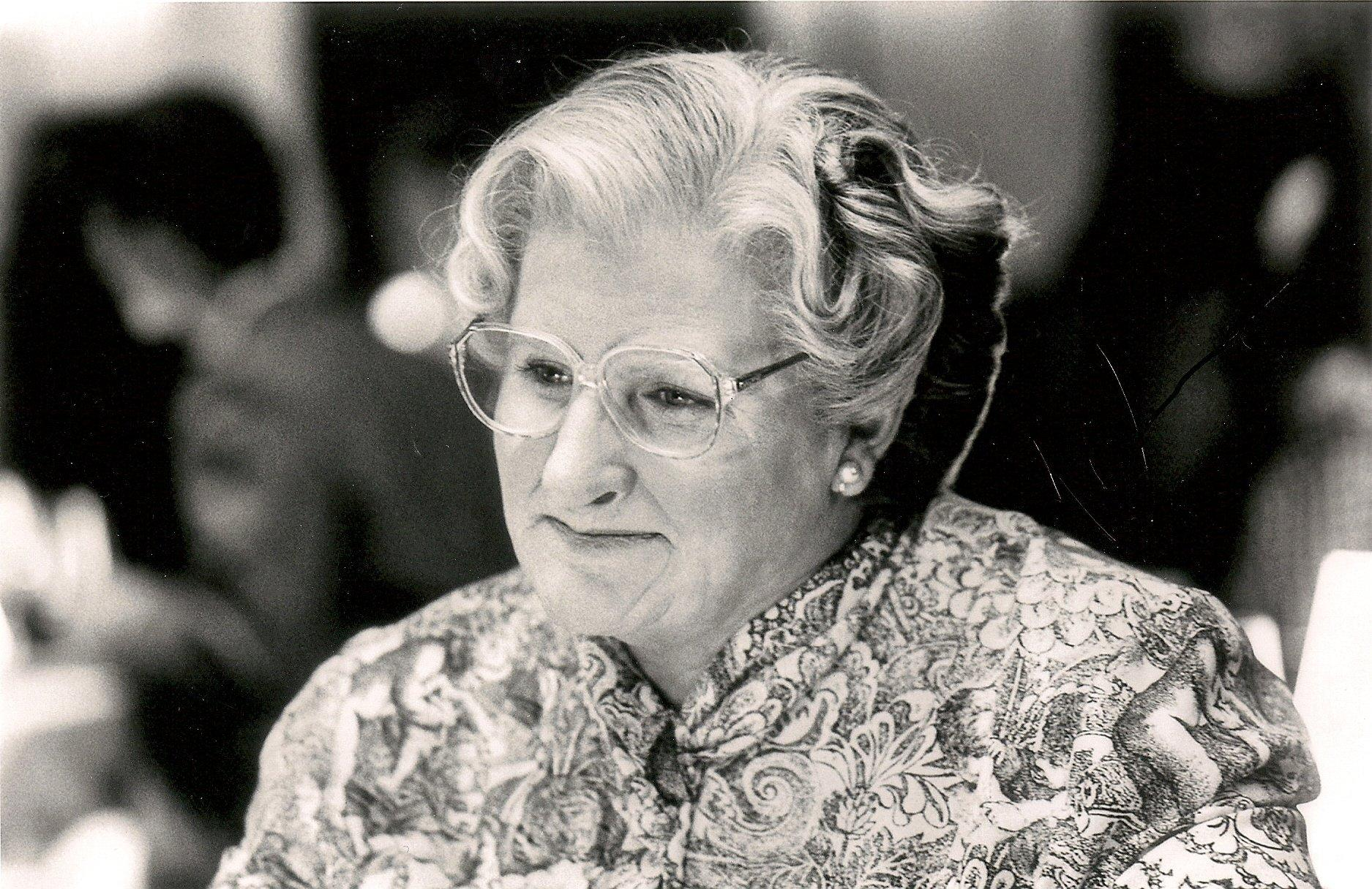 Mrs. Doubtfire Wallpapers and Backgrounds Image