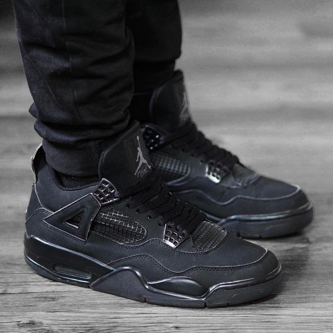 Air Jordan Retro 4 Black Cat Wallpapers
