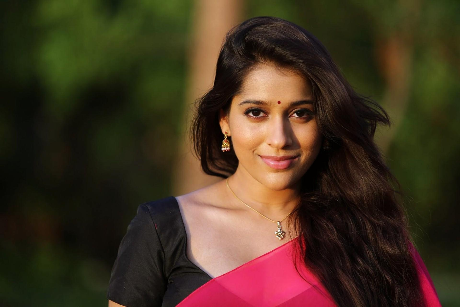 Rashmi Gautam Wallpapers Wallpaper Cave Rashmi gautam wearing saree from the house of thread and fabric. rashmi gautam wallpapers wallpaper cave