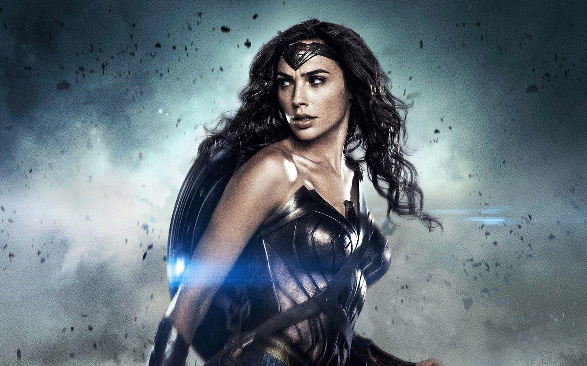 Wonder Woman 84: Retro Movie Poster Influenced by Rocky III is