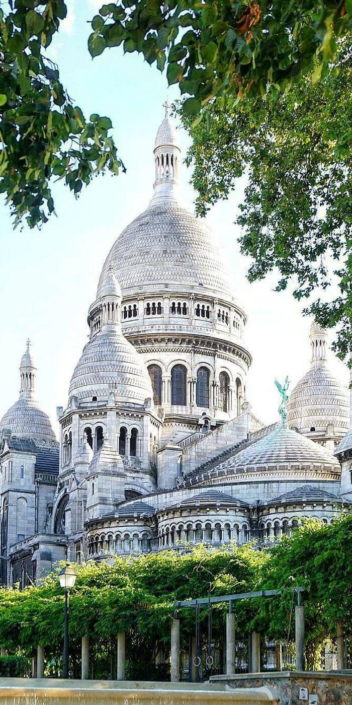 An Insider's Guide to the 30+ Best Things to do in Montmartre