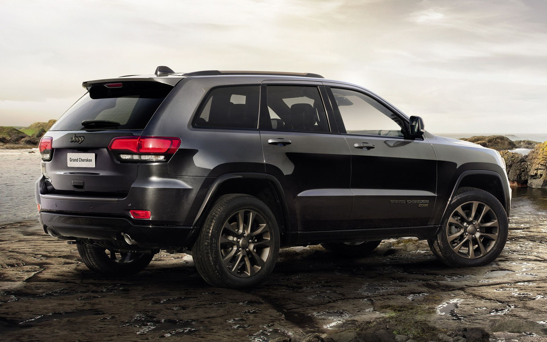Jeep Grand Cherokee HD Wallpapers   Wallpaper Cave
