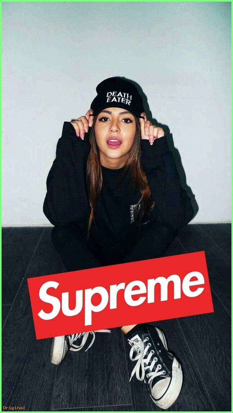 Supreme Girl Iphone Wallpapers Wallpaper Cave