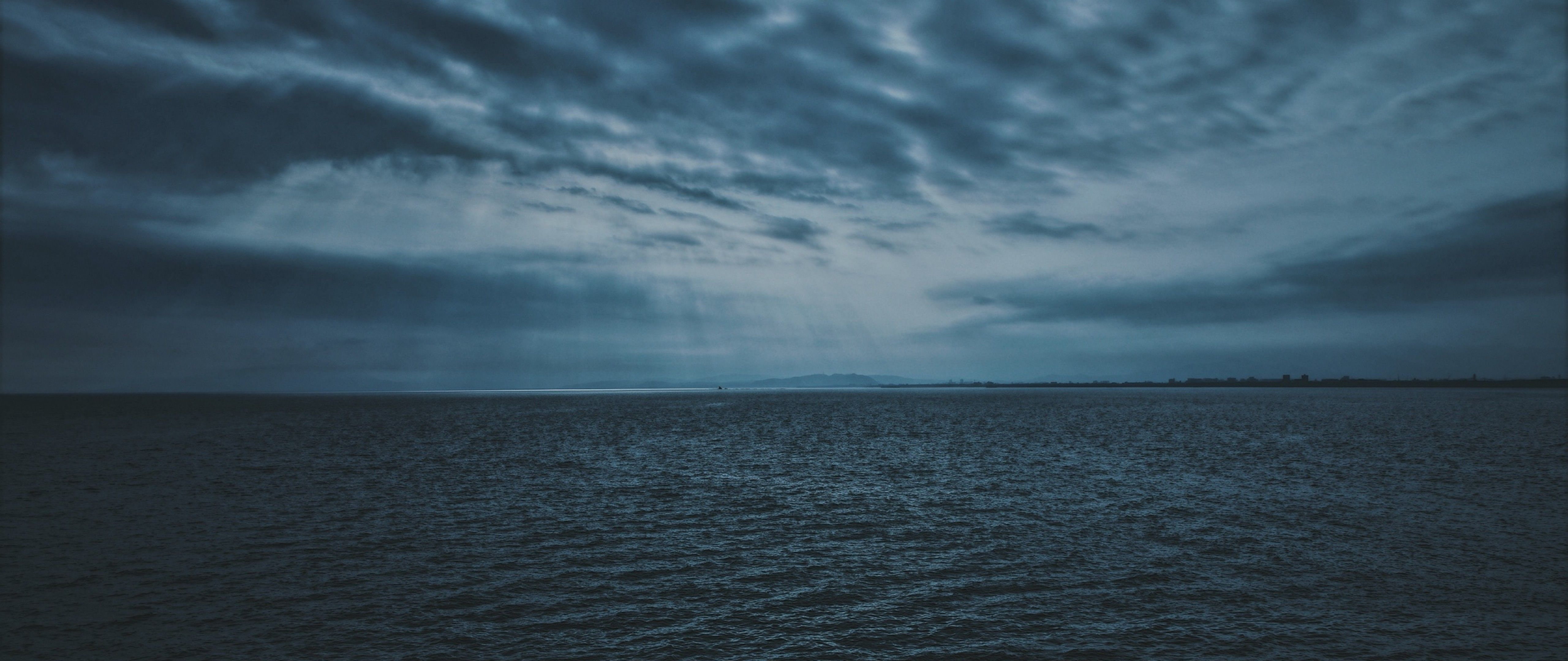 Dark clouds over the sea HD Wallpapers 4K Ultra HD Wide TV