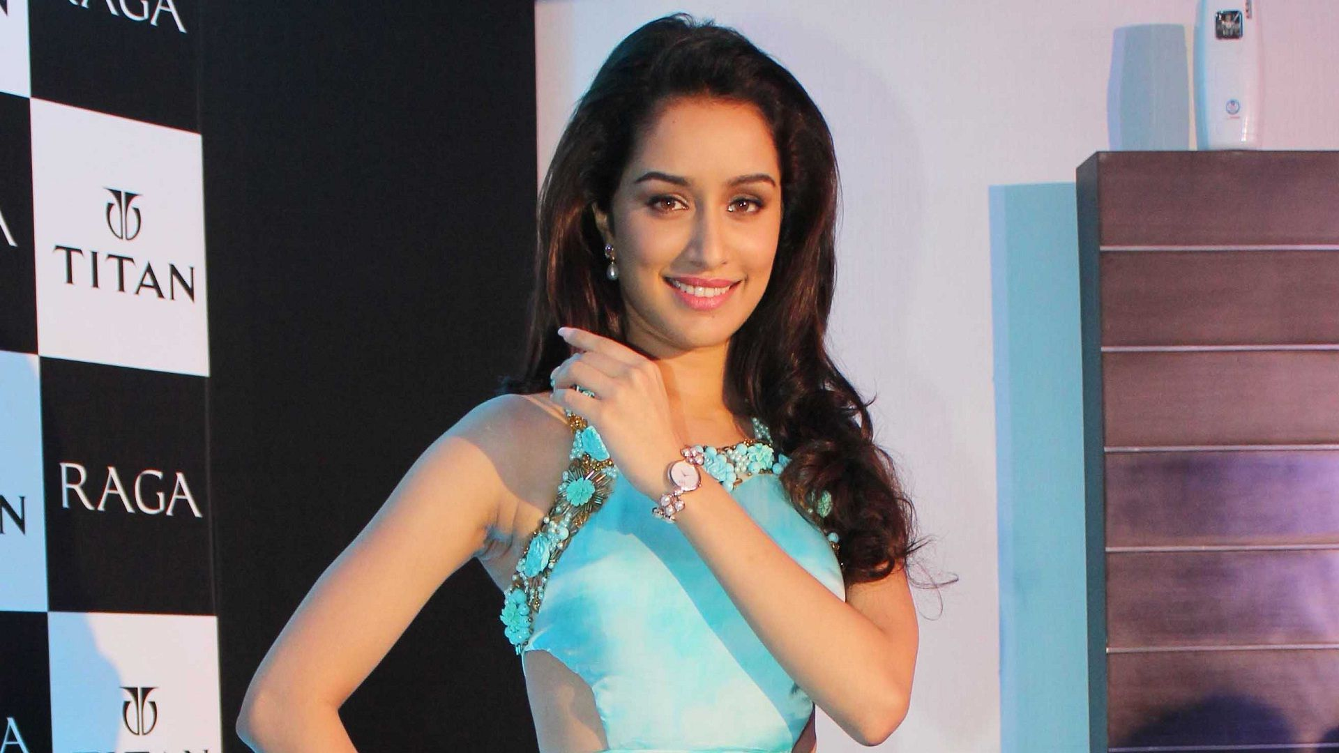 Shraddha Kapoor Best Full HD Wallpapers And Photos