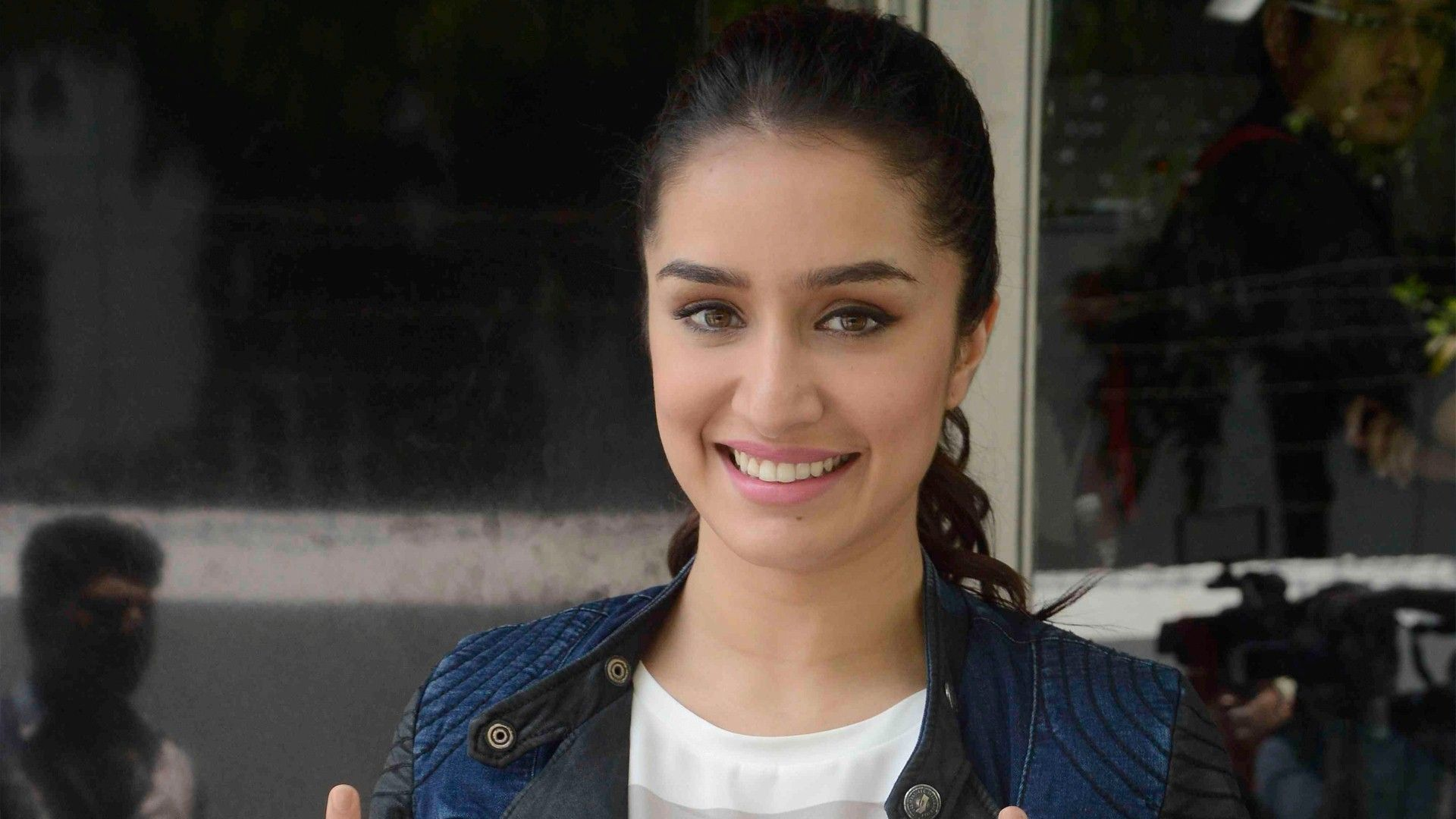 Shraddha Kapoor Cute Smile posted by Ethan Simpson
