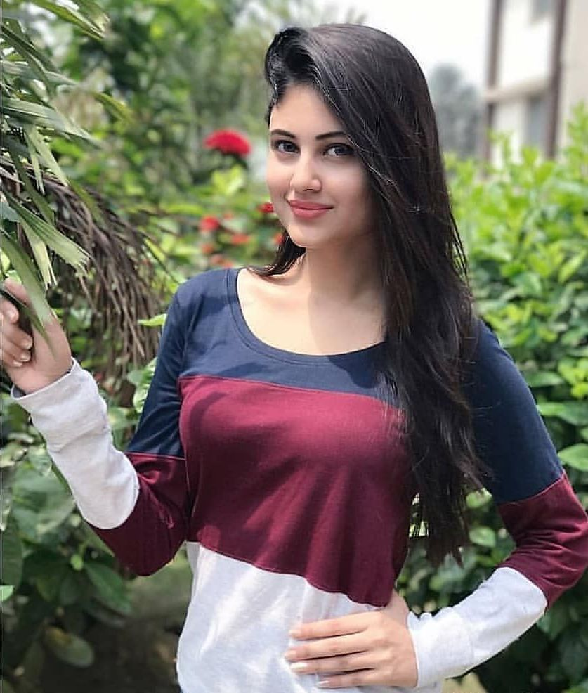 Simple girl pakistani