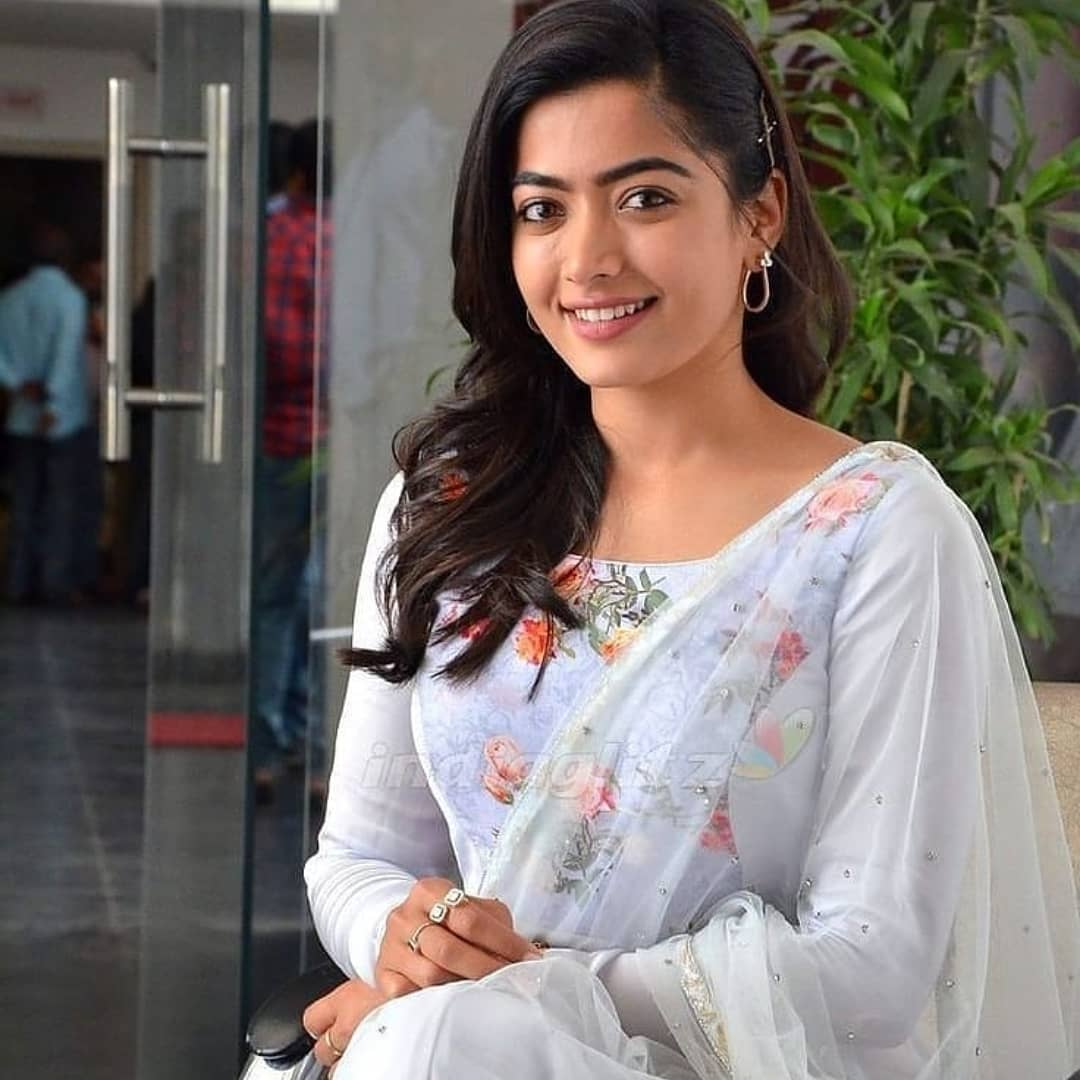 Rashmika Mandana Latest HD Photos, Image,Beautiful Pics,Hot