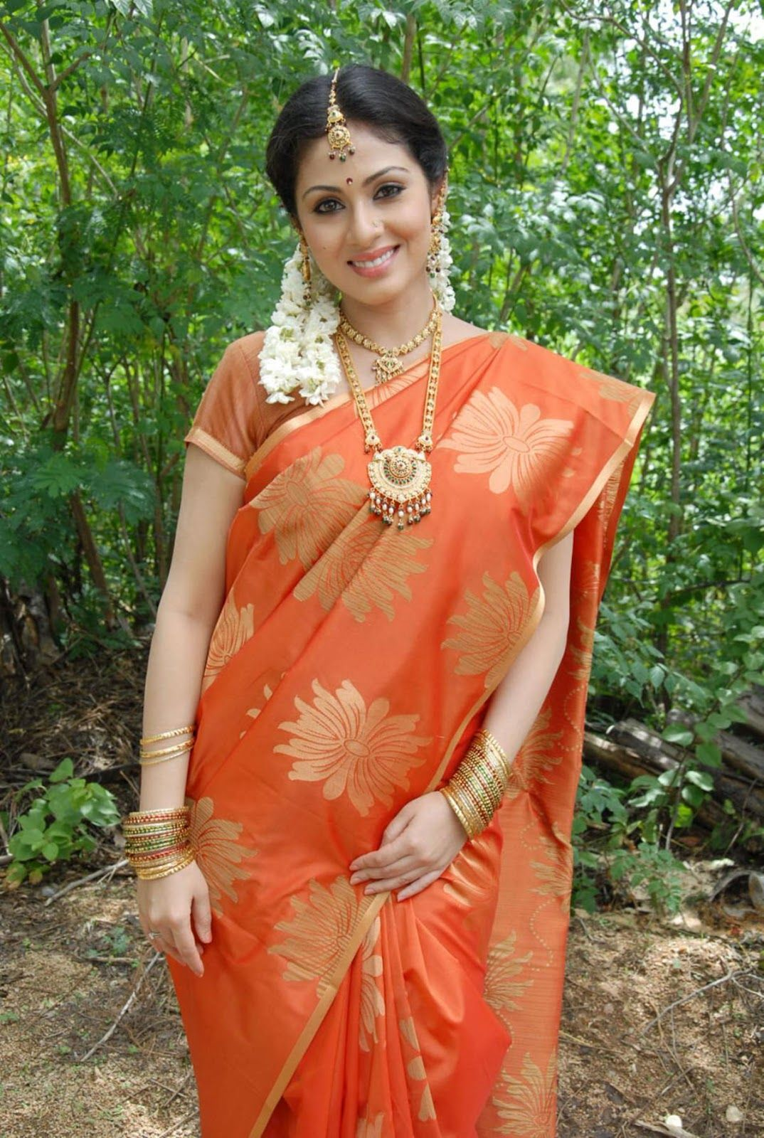 Village Tamil Girls Saree