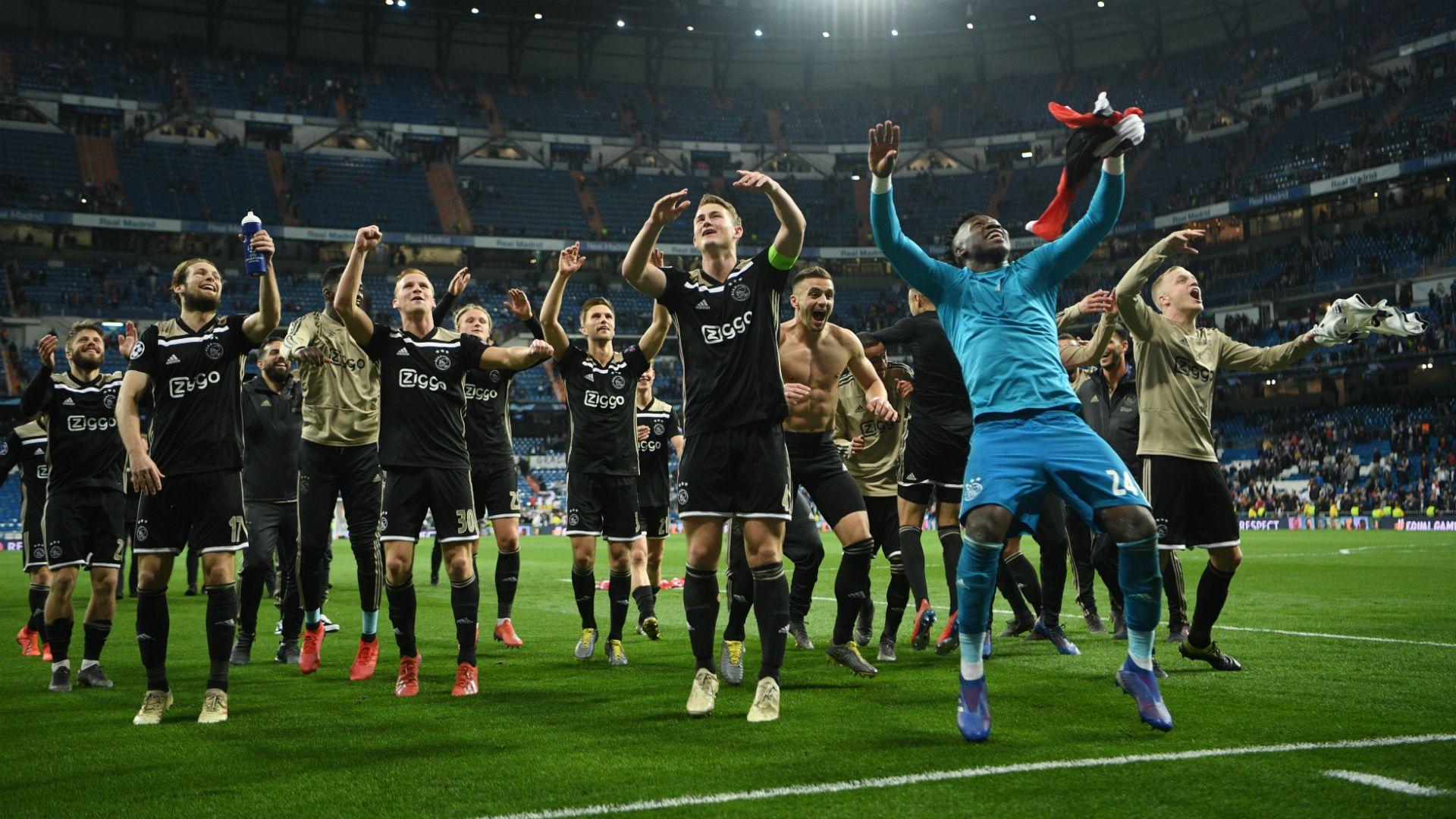 AFC Ajax Background 8