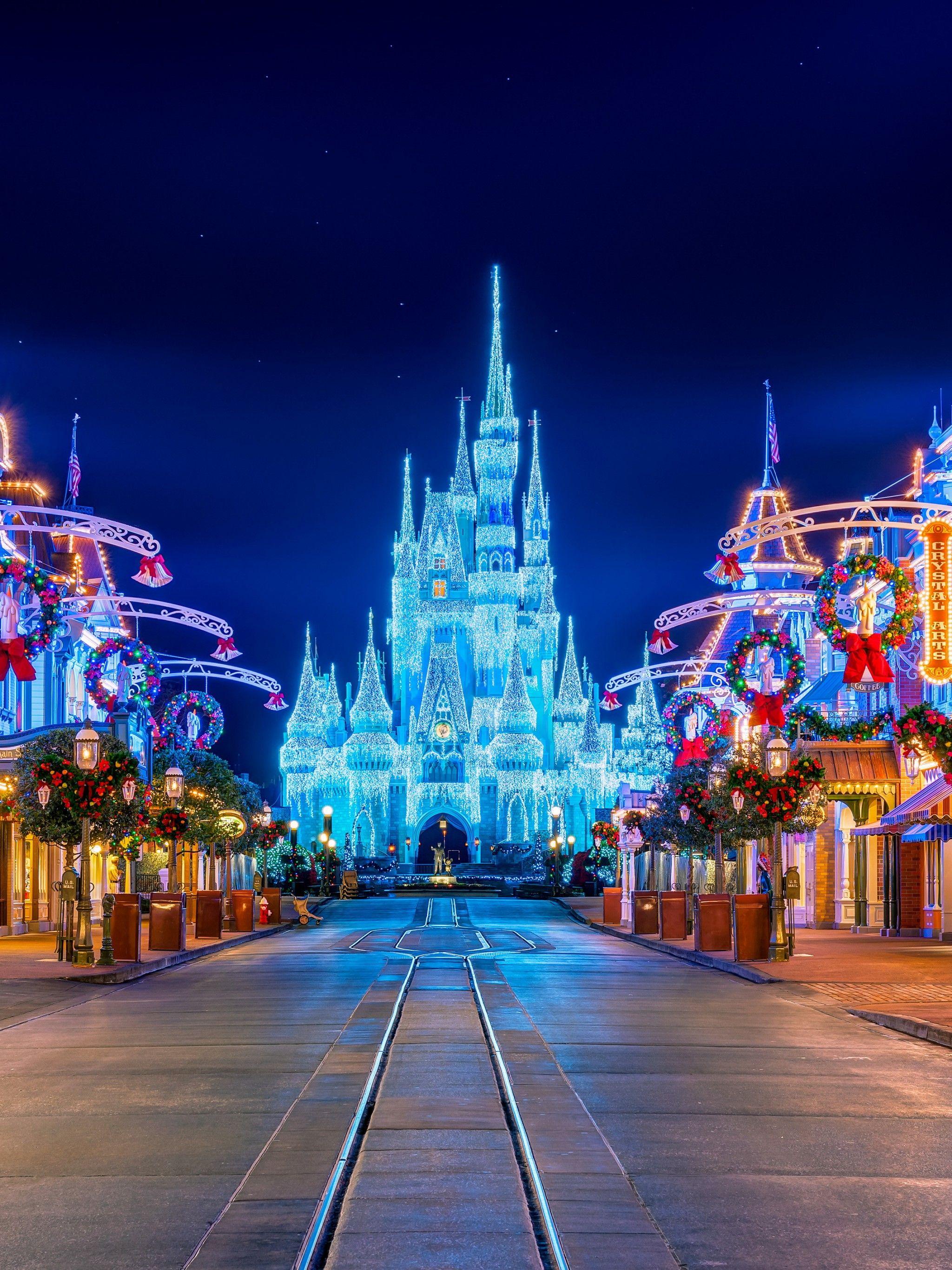 Castle Disney Christmas Wallpapers Wallpaper Cave