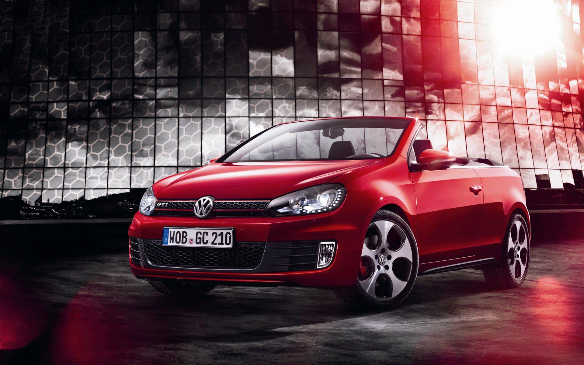 2013 Volkswagen Golf GTI Cabriolet Wallpaper