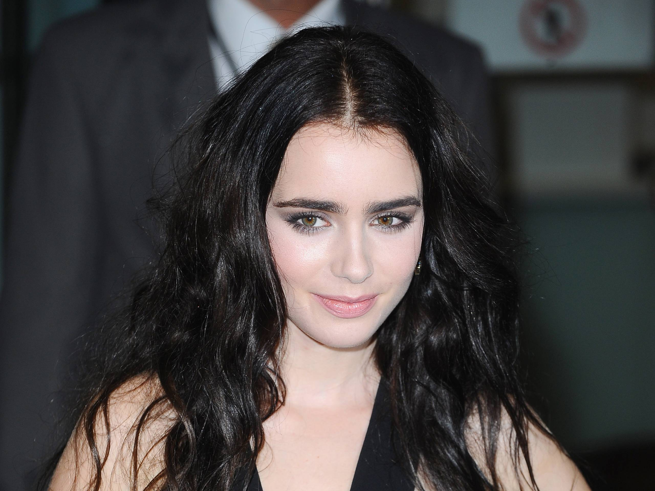 Lily Collins Wallpapers Wallpaper Cave