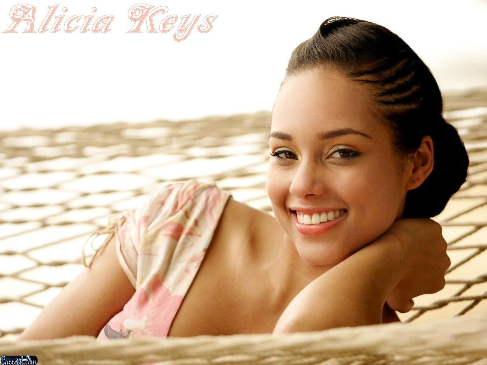 Alicia Keys Wallpaper - Full HD Wallpapers