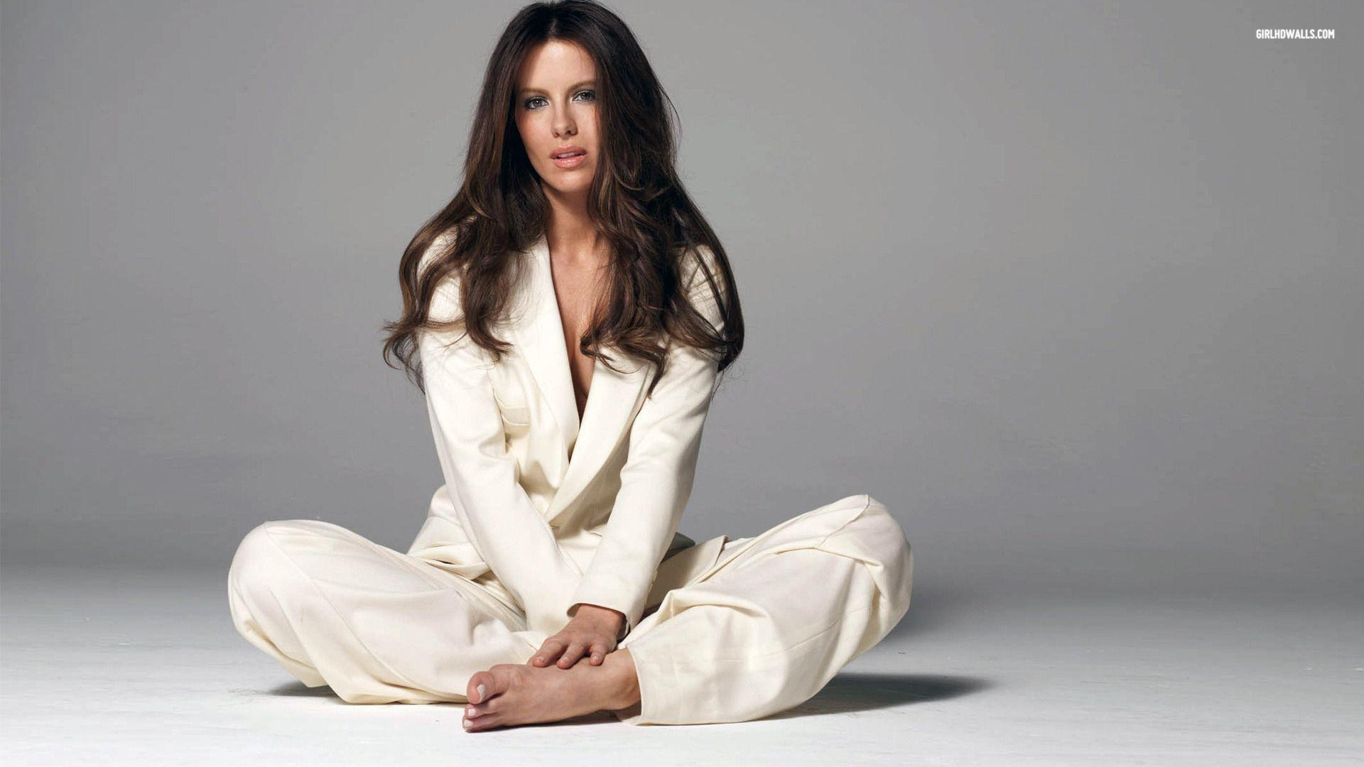 kate beckinsale wallpapers hd wallpaper cave
