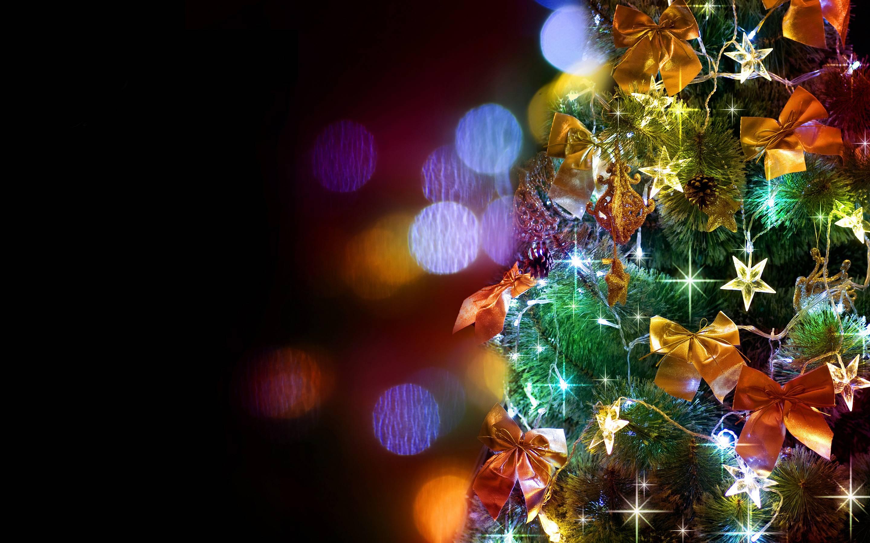 Wallpaper Inscription Colorful Christmas Tree