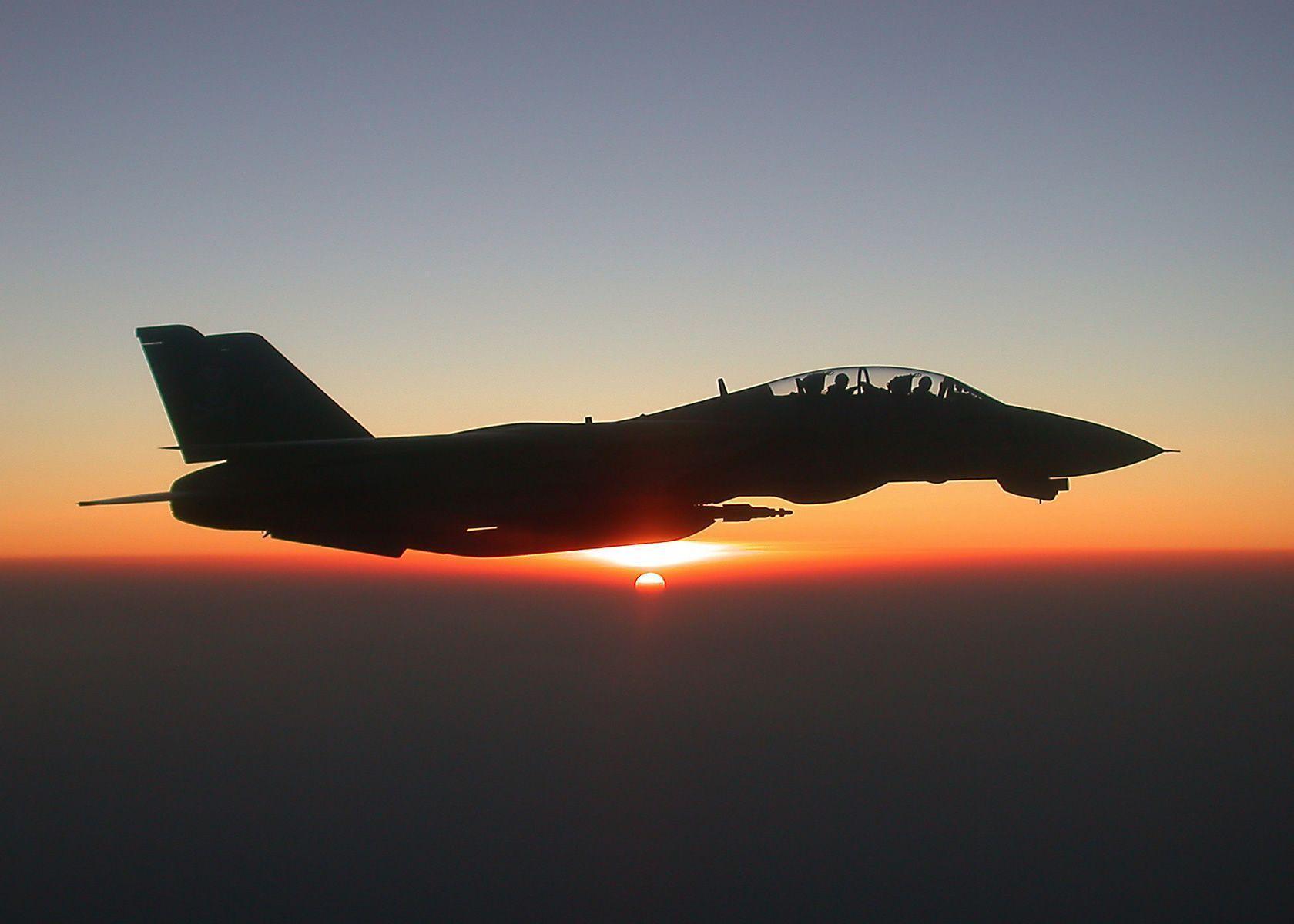 Top Gun F-14 Photography Inspiration | Abduzeedo Design Inspiration