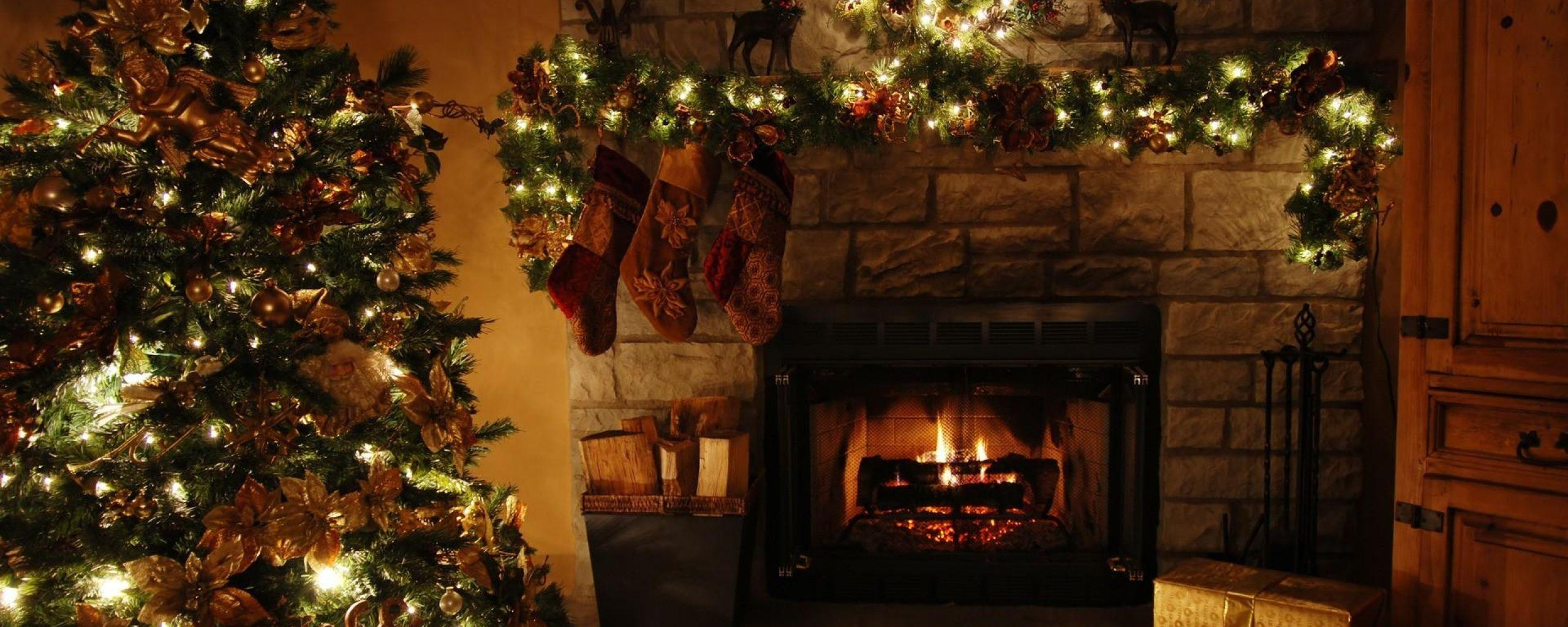 Christmas Tree Garland Gift Holiday Fireplace X Wallpapers