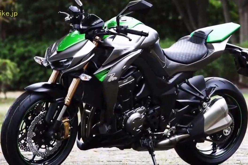 2015 Kawasaki Z1000 Wallpaper
