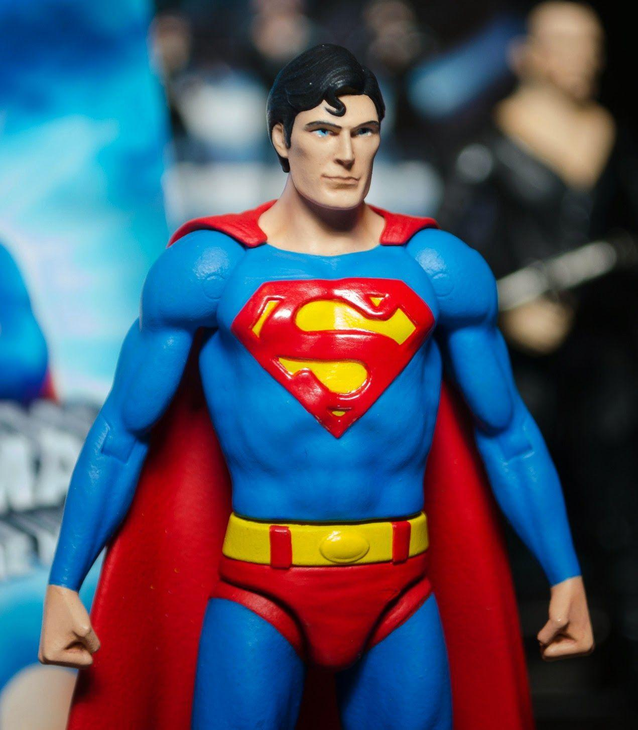 Images For > Superman Christopher Reeve Action Figure