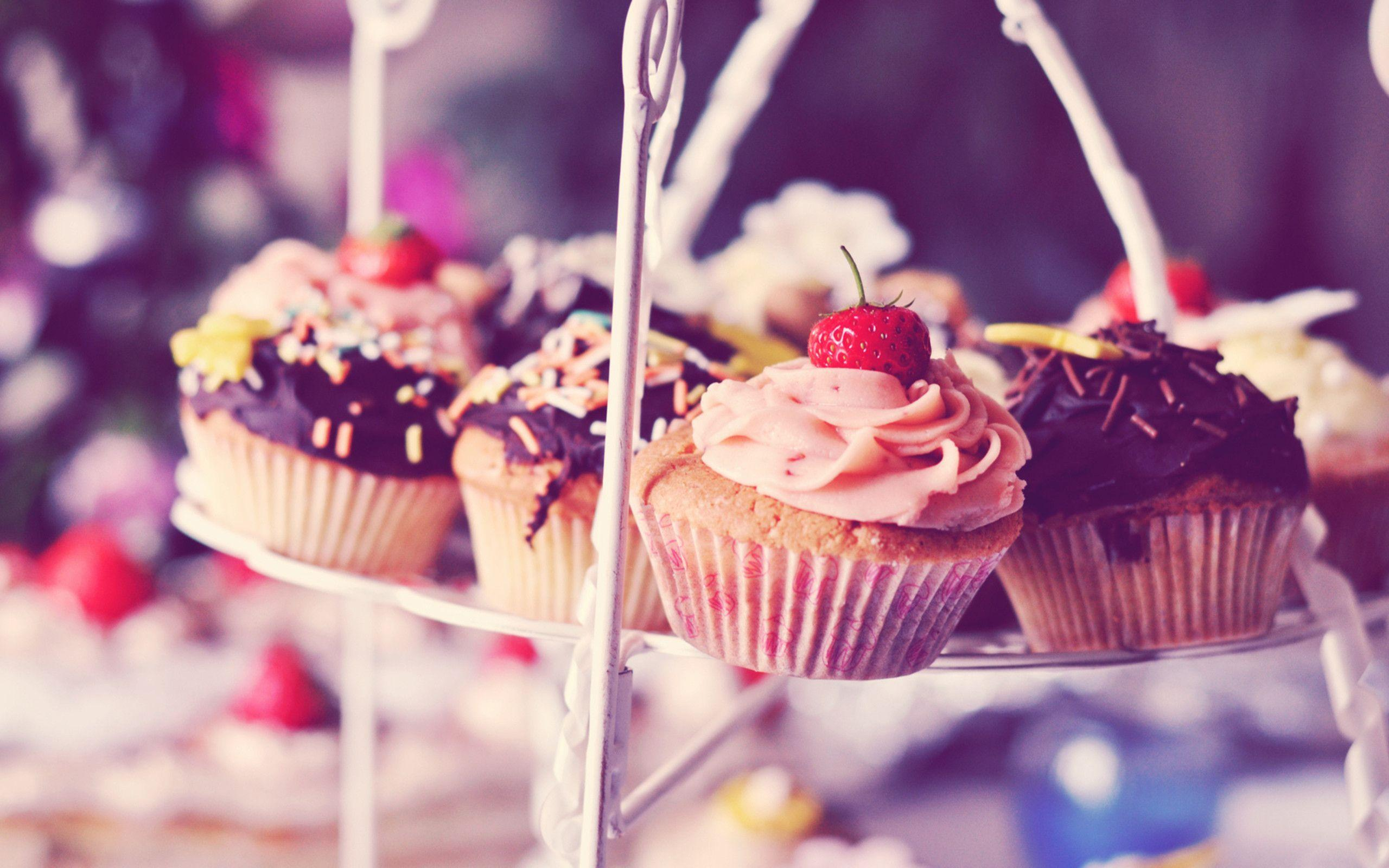 vintage cupcake wallpaper - photo #5