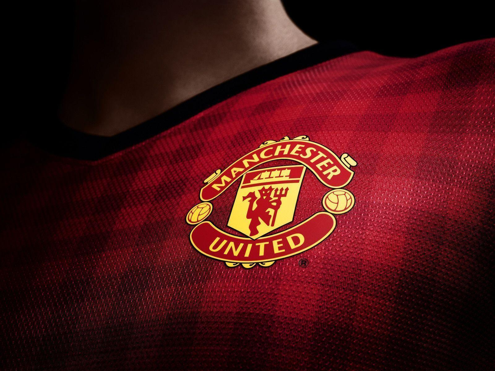 Manchester United Logo Wallpaper | HD Football Wallpapers