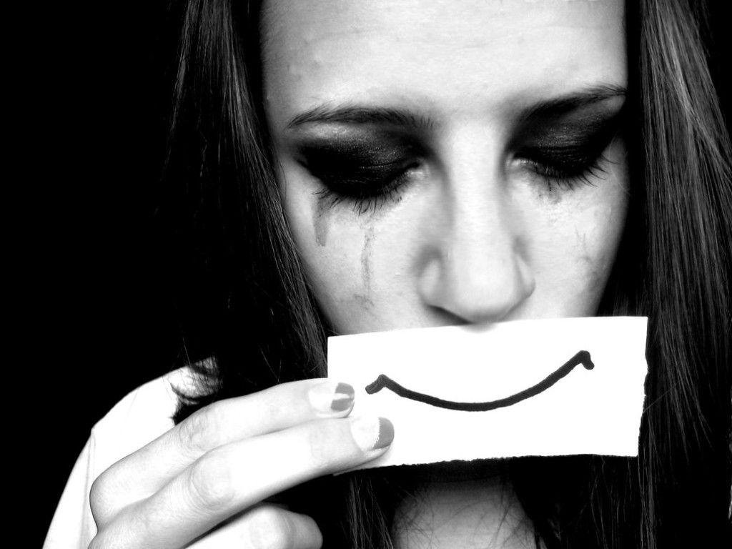 Smile Even Your Soul Cry HD Wallpapers