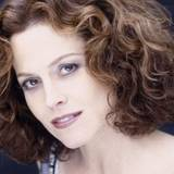 Sigourney Weaver Wallpaper